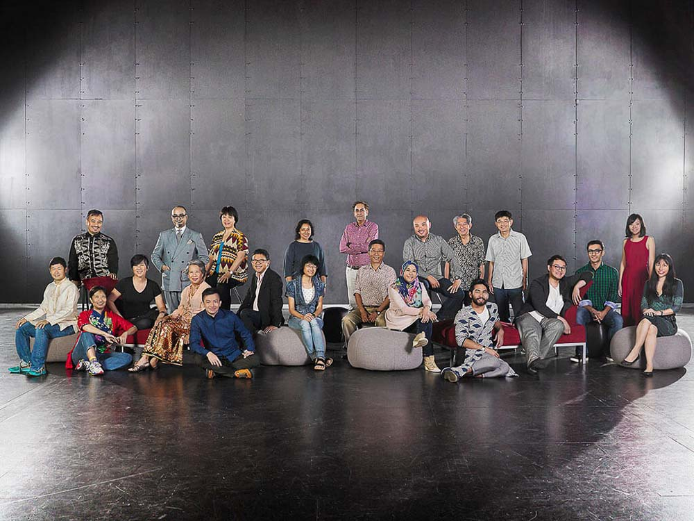 corporate group portraits for playwrights with esplanade theatre studio, tuckys photography