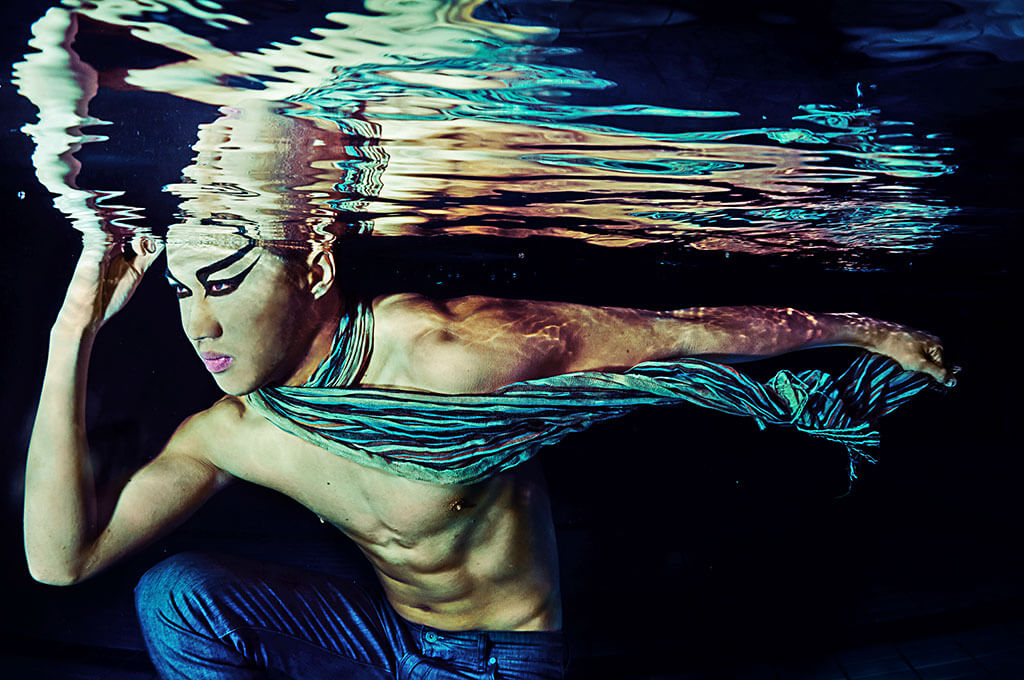 underwater fashion photograpy, tuckys photography