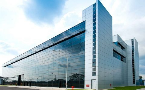 mirror facade for building structure photo shoot | corporate photographer, tuckys