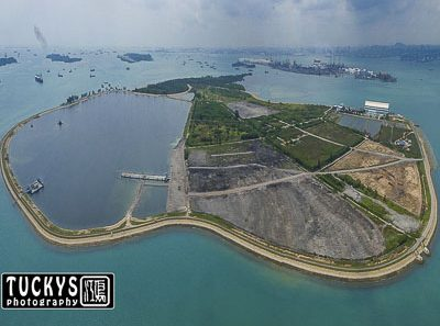 Singapore industrial photographer with an aerial photo of pulau semakau, by tuckys
